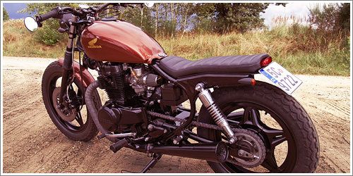 Přestavba Honda CM 400T BratStyle - 1982